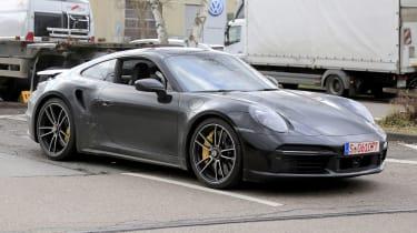 Porsche 911 Turbo S - spyshot 10