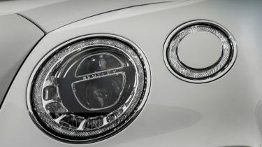 Bentley Bentayga Diesel - Ice white 2017 headlight