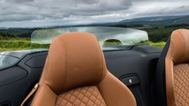 Audi R8 Spyder V10 plus - front seats