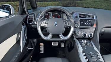 Citroen DS5 Hybrid4 dash