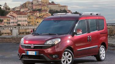 Fiat Doblo 2015 - front static