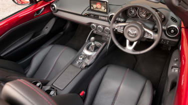 Mazda MX-5 2015 interior