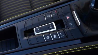 Porsche Boxster T - centre console
