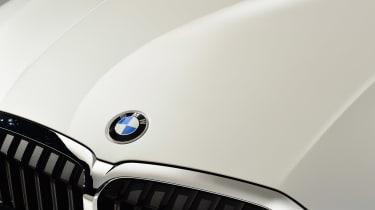 BMW 3 Series - studio BMW badge