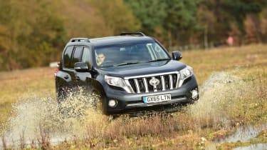 New Toyota Land Cruiser 2016 front offroad