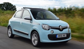 Renault Twingo The Colour Run - front tracking
