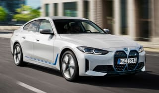 BMW i4 - front action