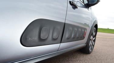Citroen C3 - Airbumps