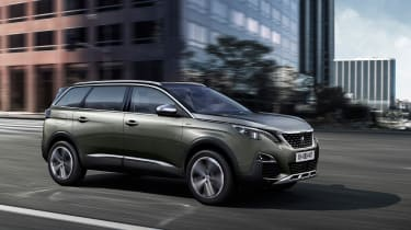 New Peugeot 5008 2016 - brown side tracking