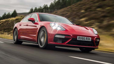 Porsche Panamera Turbo 2017 UK - front tracking