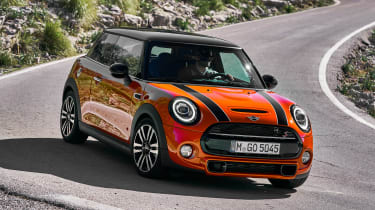 MINI Hatch - front cornering