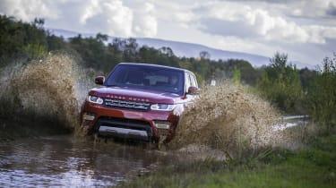 Range Rover Sport SDV8 off-road front action
