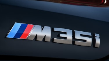 BMW X2 M35i - badge