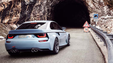 BMW 2002 Hommage - rear tracking 2