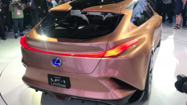 Lexus LF-1 Limitless - show tail-lights