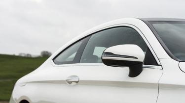 Mercedes C-Class Coupe C250d AMG Line - roofline
