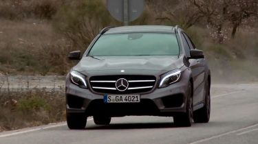 Mercedes GLA video