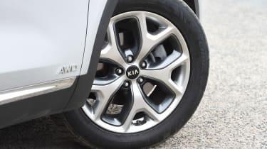 Kia Sorento - wheel detail