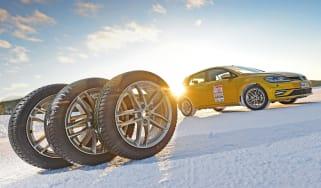 Winter Tyre Test 2019 - header
