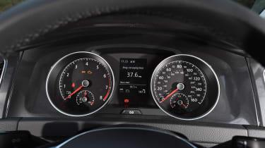 VW Golf Mk7.5 - dials