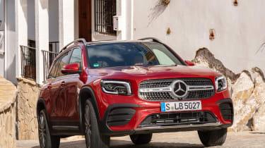 Mercedes GLB - front cornering