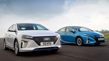 Hyundai Ioniq vs Toyota Prius - head-to-head