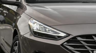 New Hyundai i30 headlight