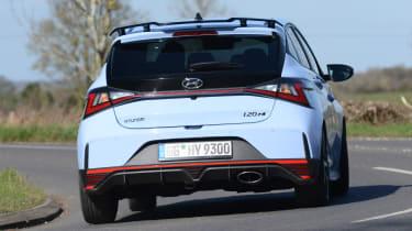 Hyundai i20 N - rear cornering