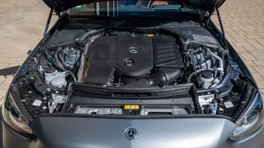 Mercedes C-Class - engine