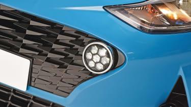Hyundai i10 - fog light studio