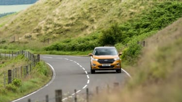 Ford Edge - panning