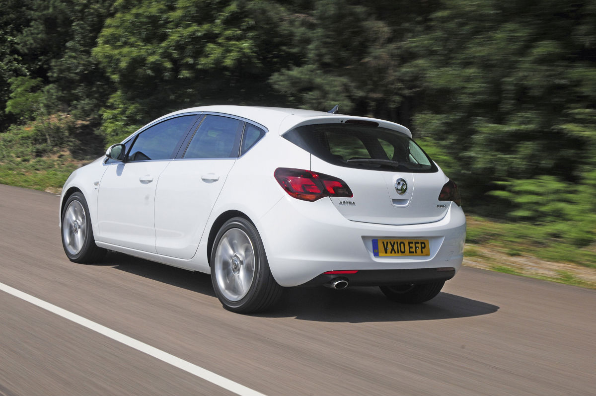 Vauxhall Astra 1.6 Turbo SRi | Group Tests | Reviews ...