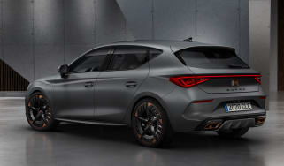 Cupra Leon Estate - front 3/4 static