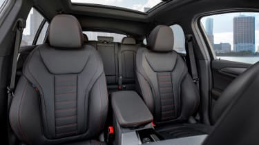 BMW X4 - front seats