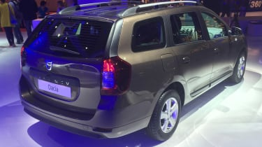 Dacia Logan MCV Paris rear three quarter