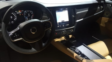Volvo V90 Cross Country - reveal interior