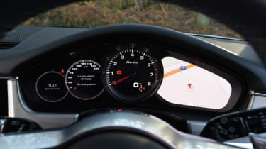 Porsche Panamera Sport Turismo dash