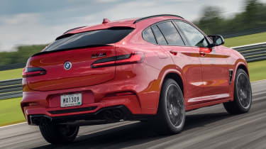 BMW X4 M Competition - rear cornering