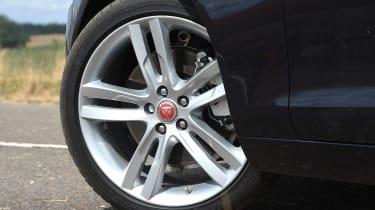 Jaguar XE AWD - wheel detail