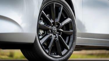 Mazda 3 e-SkyActiv X - wheel