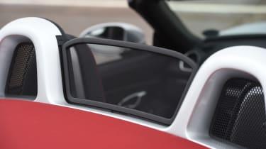 Porsche 718 Boxster GTS - wind deflector