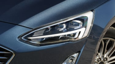 Ford Focus diesel Titanium - headlight