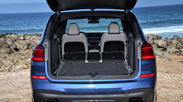 BMW X3 M40i - boot all seats down