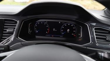 Volkswagen T-Roc - speedo