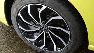 Volkswagen Golf Estate - wheel