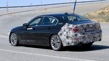 BMW 5 Series facelift - spyshot 13