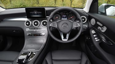 Mercedes GLC - dash