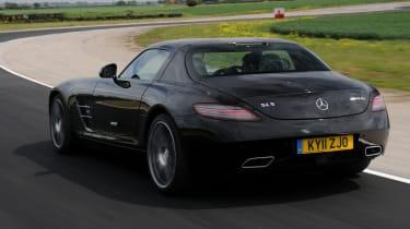 Mercedes SLS AMG rear tracking