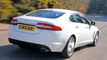 Jaguar XF rear tracking