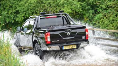 Nissan Navara Trek-1° 2017